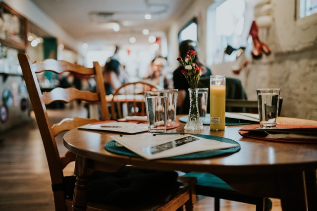 busy restaurant from empty table